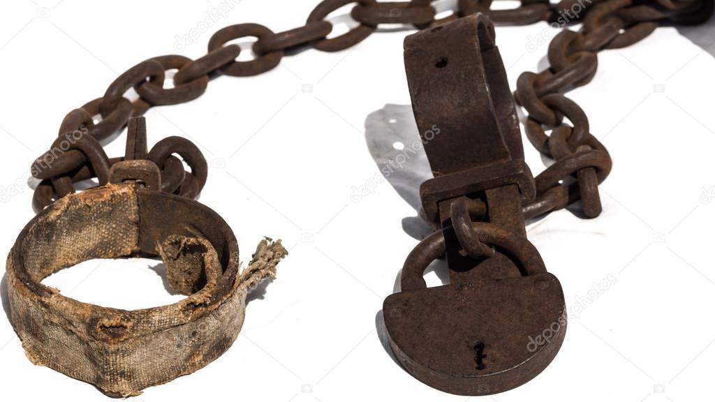 Кандалы и цепи на рабах фото 696-11