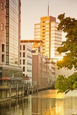 Germany, Hamburg, old warehouses and new architecture at Binnenh