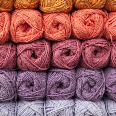 Stacked balls of colorful wools