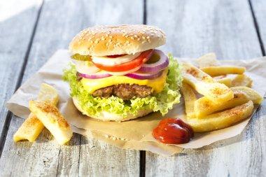Fresh homemade cheeseburger