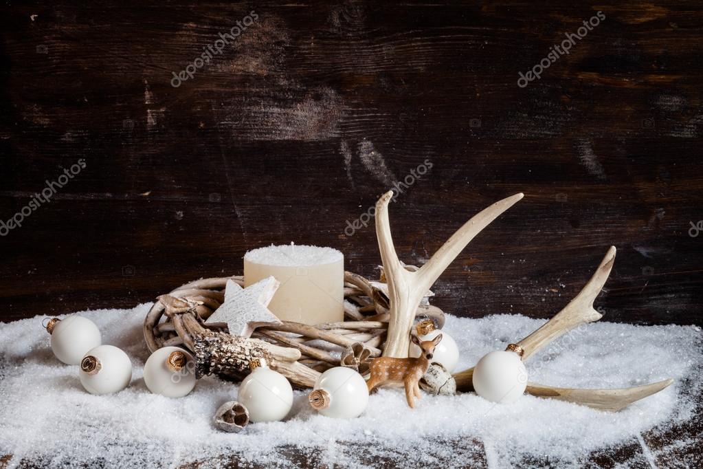 Weihnachtsschmuck und Geweih — Stockfoto © TunedIn61 #88186632