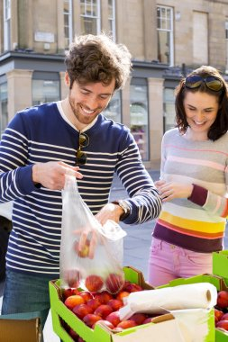 Buying Fresh Produce