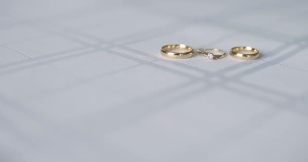 jegygyűrűk asztali menyasszony tartozék