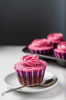 Chocolate and blackcurrant buttercream cupcakes