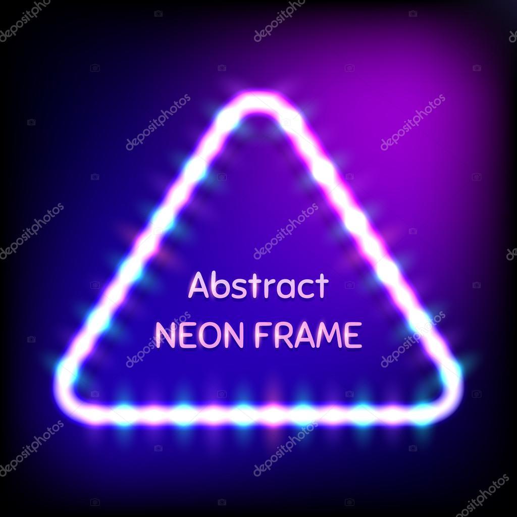 Marco de triángulo de neón que brilla intensamente con bombillas de ...