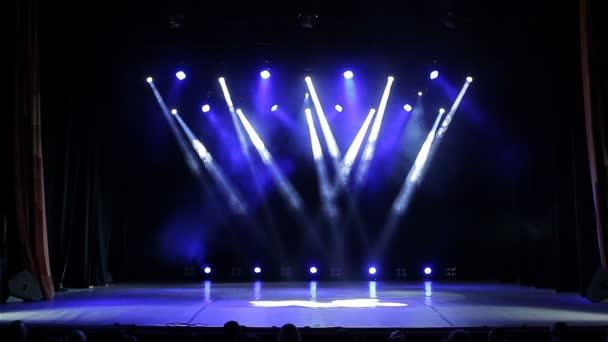 Színpad világítás. Kék. Fényes színpadon Lights villogó