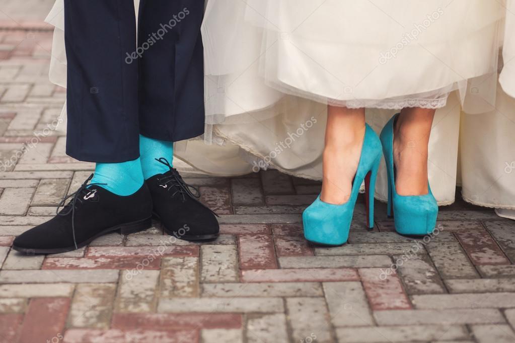 Lustige Hochzeitsschuhe Und Socken Stockfoto C Baimiro 81162104