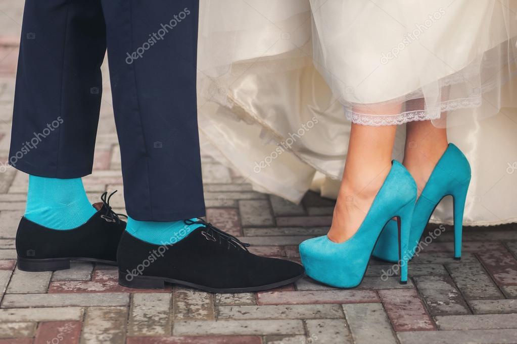 Lustige Hochzeitsschuhe Und Socken Stockfoto C Baimiro 81162106