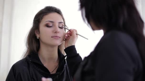 Make-up master kartáčování oči oční stíny