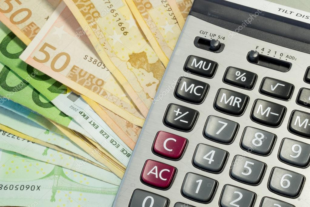 euro geld rechnungen und taschenrechner stockfoto. Black Bedroom Furniture Sets. Home Design Ideas