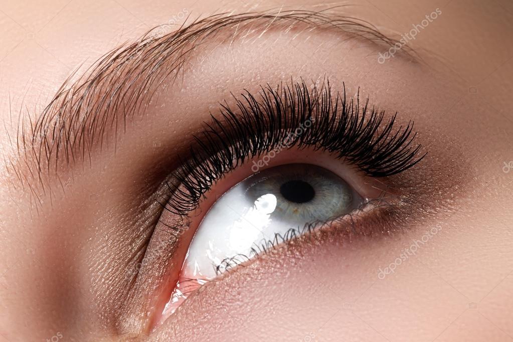 Сексуальный макияж красивых глаз