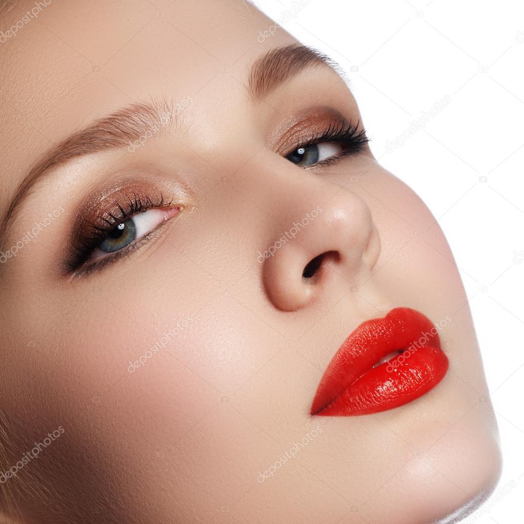 Model Closeup 22