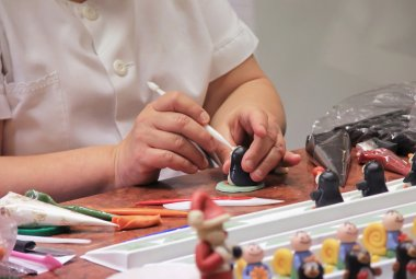 hand molded figures of marzipan modeling, preparation of sweet