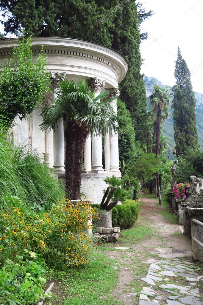 Temple on the Como lake