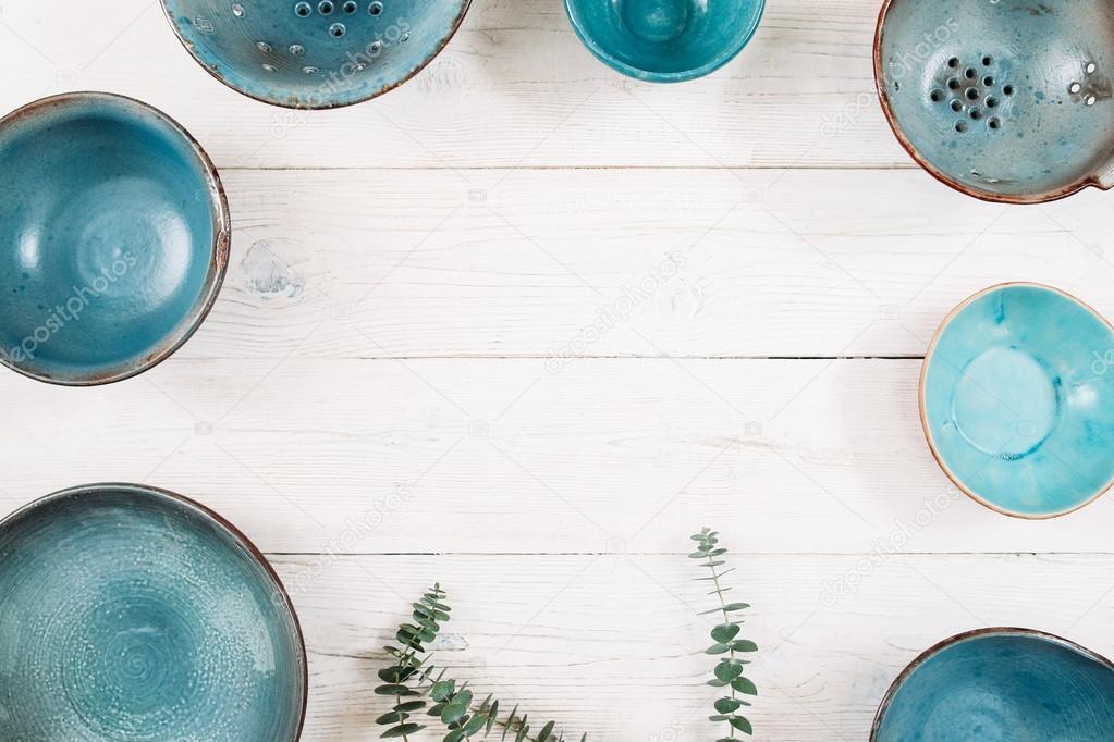 Many turquoise empty ceramic plates. Flat lay u2014 Stock Photo & Many turquoise empty ceramic plates. Flat lay u2014 Stock Photo ...