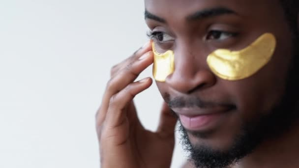 man skincare wrinkles reduction gold eye patches