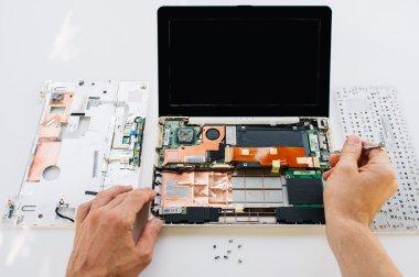 Warranty maintenance of the laptop (pc computer)
