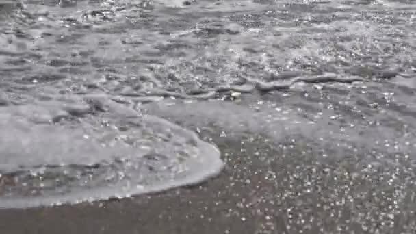 Vlny na mořské pláži Pacifiku 5