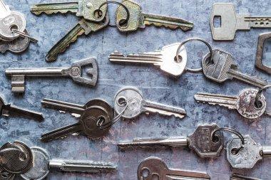 Many old keys.