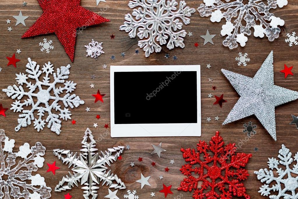 Weihnachten und Neujahr Hintergrund mit Dekorationen - Kugeln ...