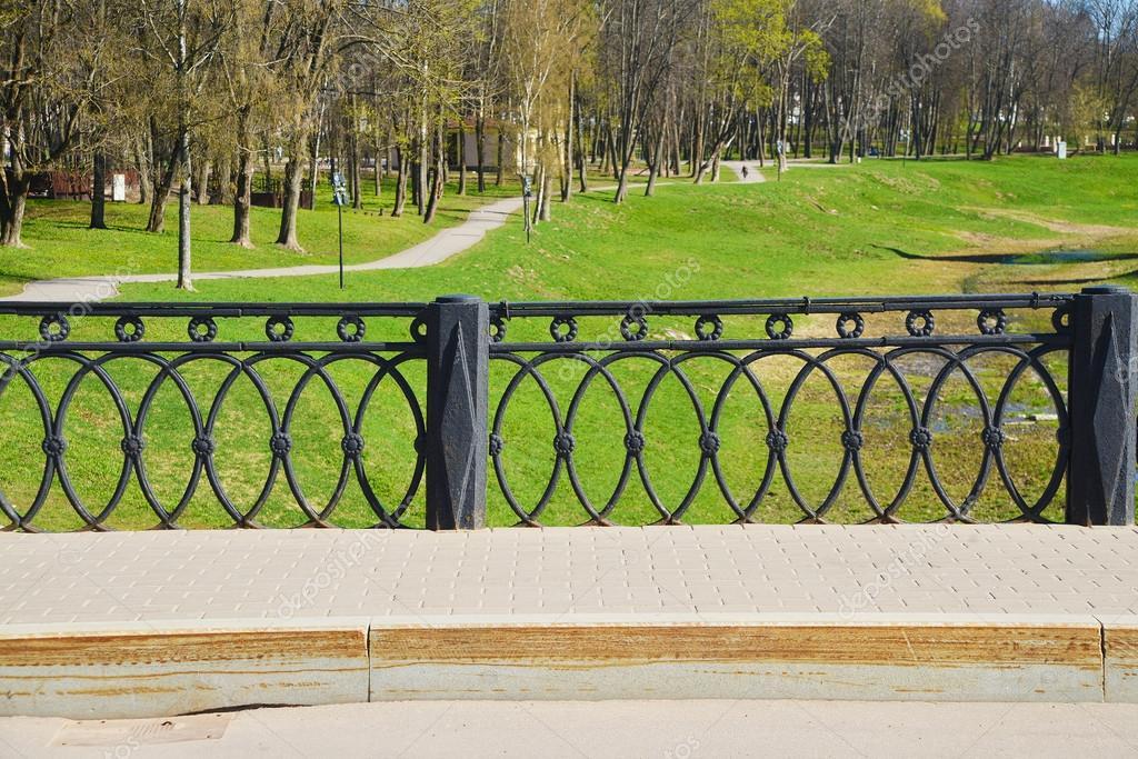 Black metal round pattern fence
