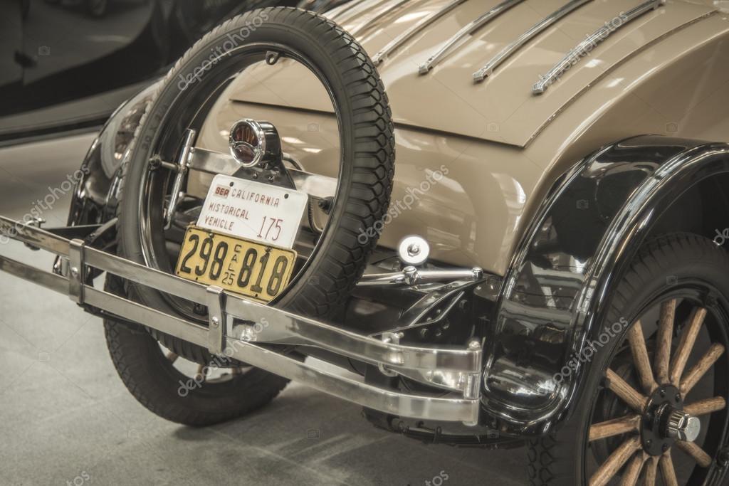 car with number plate – Stock Editorial Photo © borjomi88 #117220074