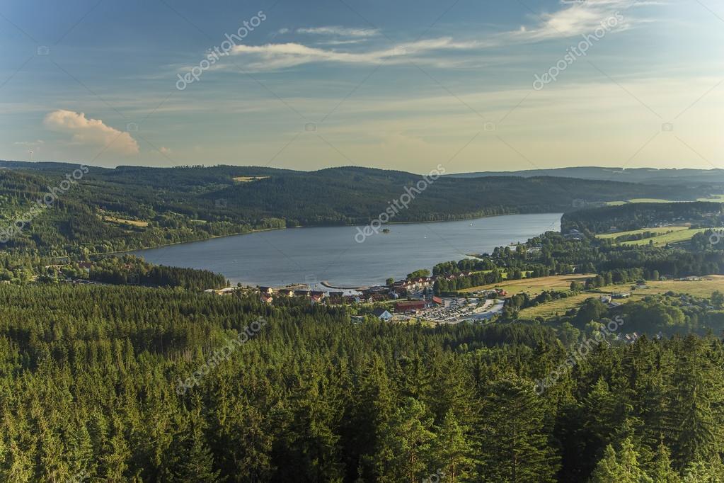 Lago lipno nella boemia repubblica ceca europa del sud for Piani di fattoria del sud