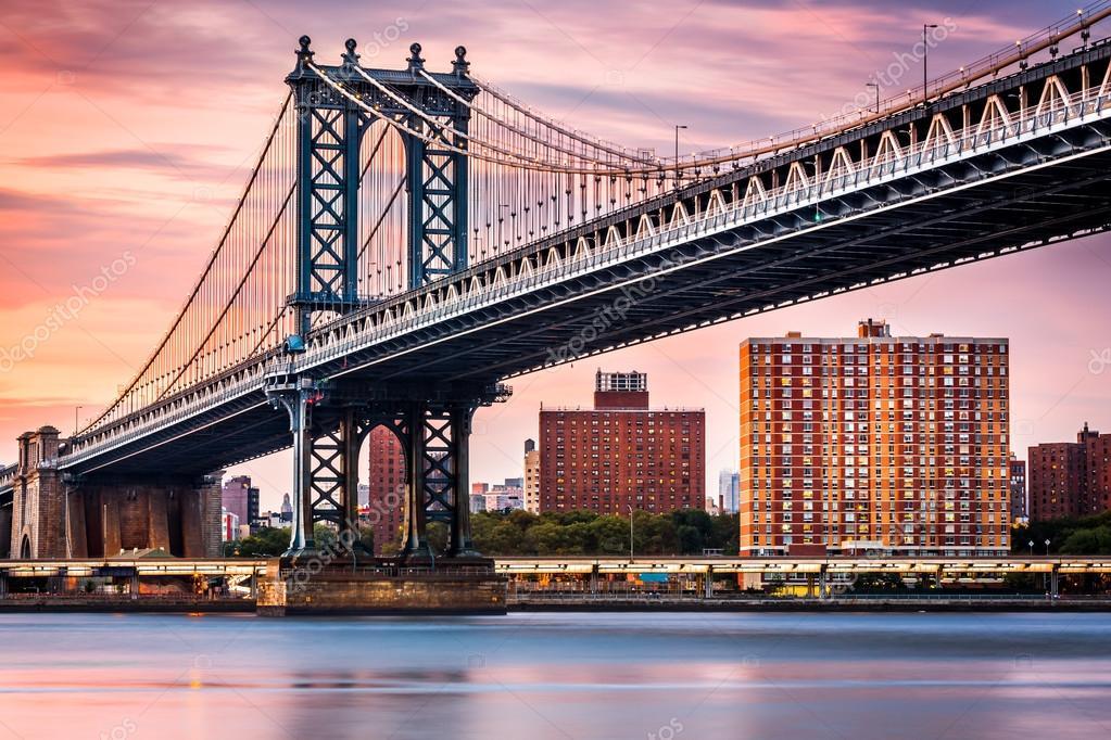 Manhattan Bridge under