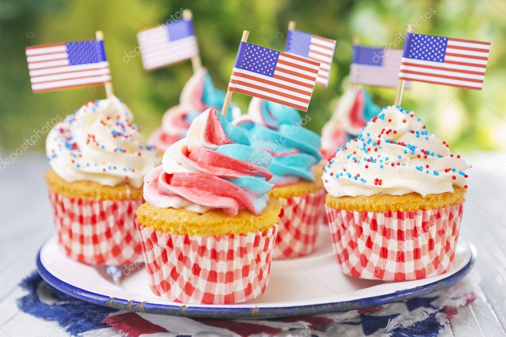 depositphotos_105713004-stock-photo-cupcakes-with-red-white-and