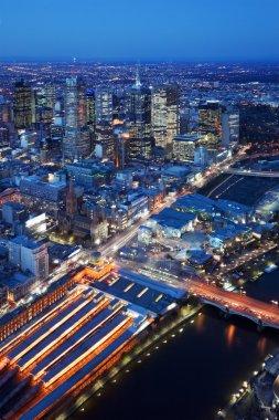 """Картина, постер, плакат, фотообои """"скайлайн мельбурна, австралия, сфотографированный сверху ночью печать доставка"""", артикул 90826242"""