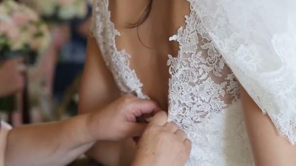 Šaty svatební šaty
