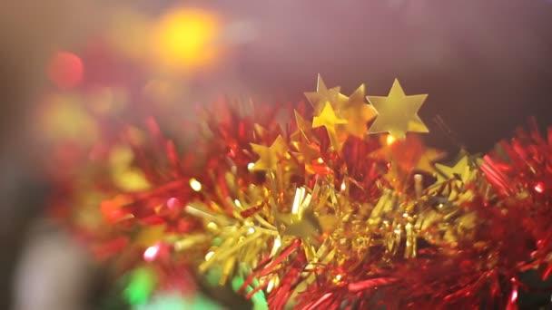Vánoční strom a vánoční osvětlení