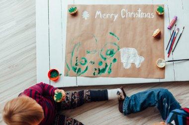Children make fun. Children's Creative Workshop.