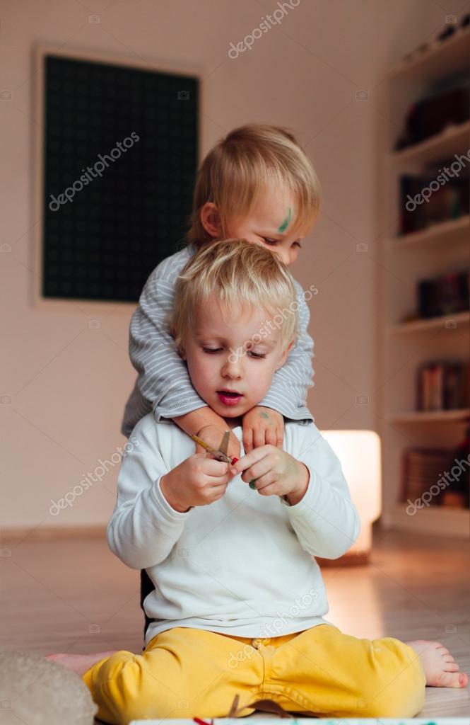 Девочка секс брат и сестра