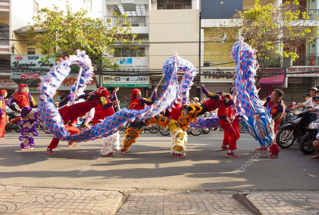 Dragon dance on the street