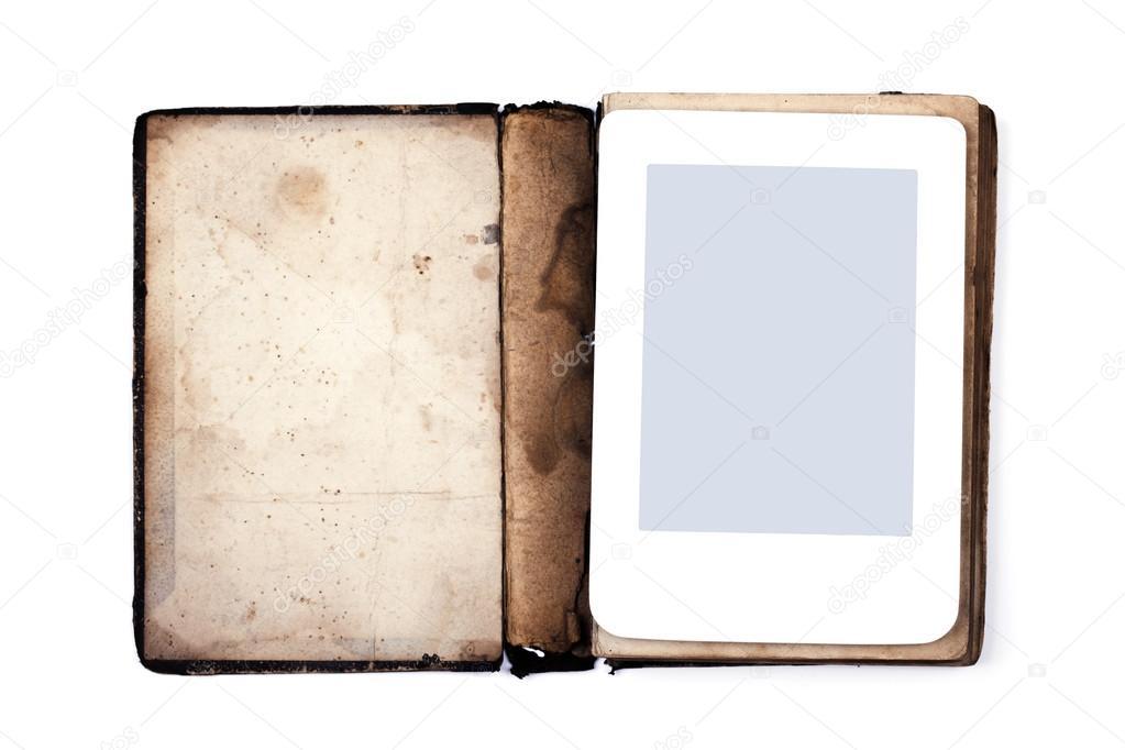 Antigo livro e ebook isolado no fundo branco fotografias de stock antigo livro e ebook isolado no fundo branco closup fotografia por larineb stopboris Choice Image