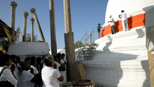 Pilgrims at Thuparama Dagoba