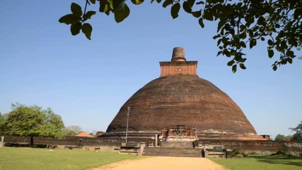 Jethawanaramaya Dagoba in Anuradhapura