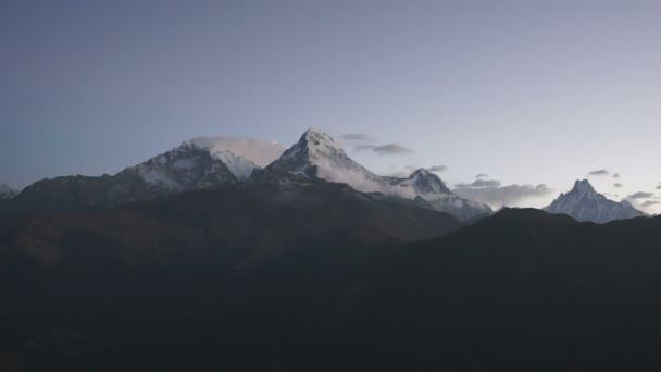 Annapurna obvodu trekking, Himálaj