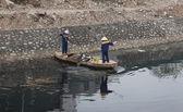 Vietnamské čištění čištění znečištěných kanál
