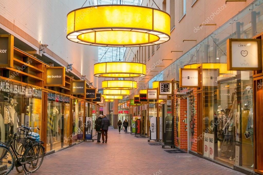 Shopping arcade in Hilversum, Netherlands — Fotografia de