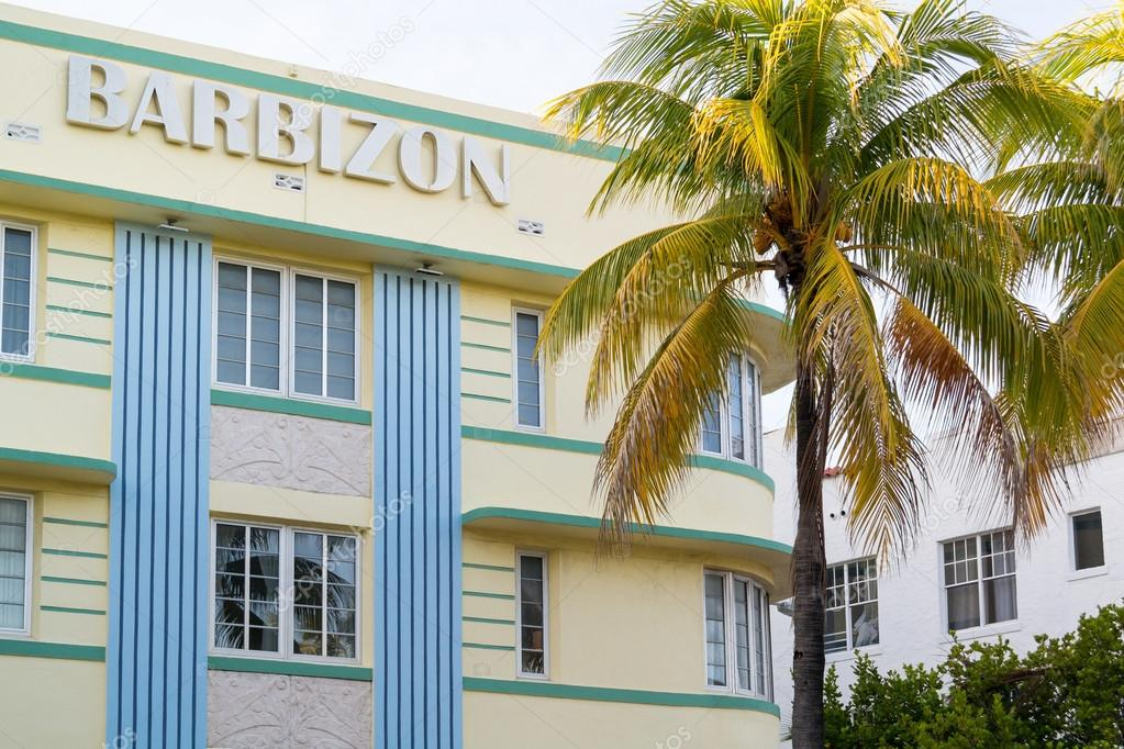 Art Deco Haus Barbizon In Miami Beach, Florida U2014 Stockfoto