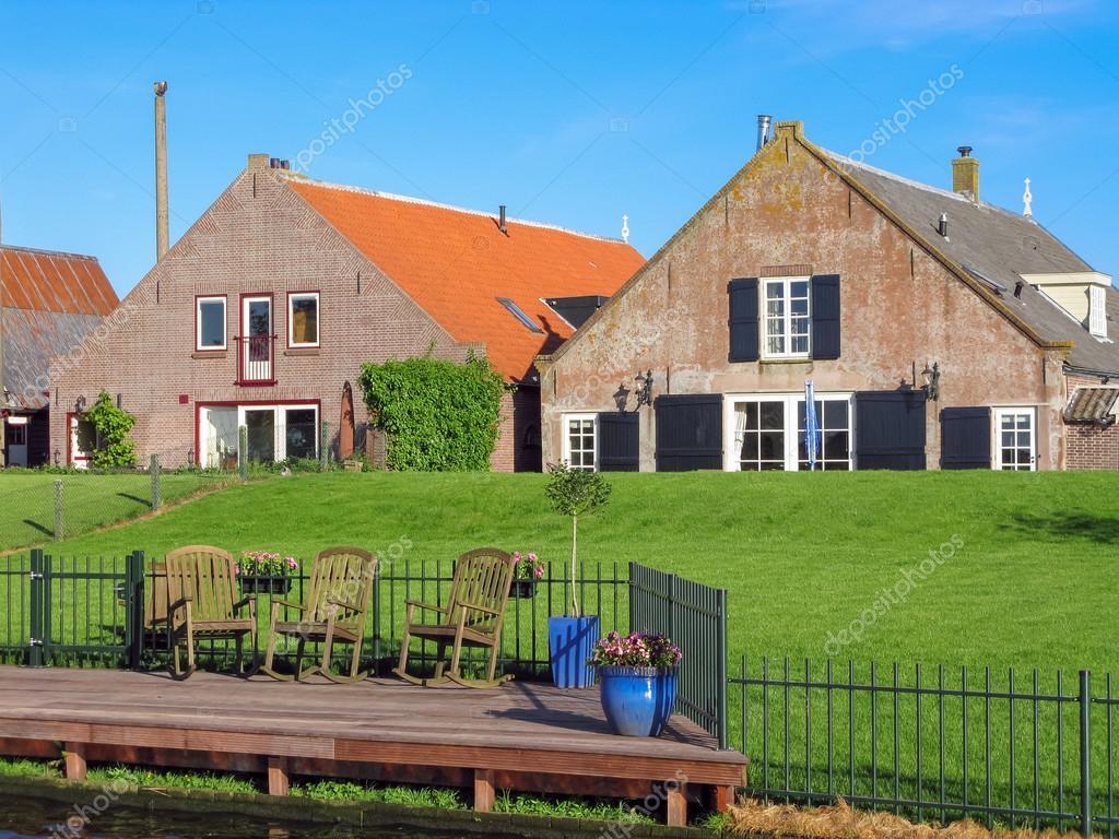 De Boerderij Huizen : Boerderij huizen in nederland u redactionele stockfoto tasfoto