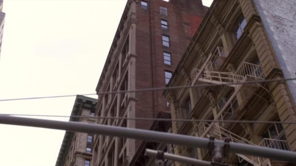 Starých činžovních domů v New York City