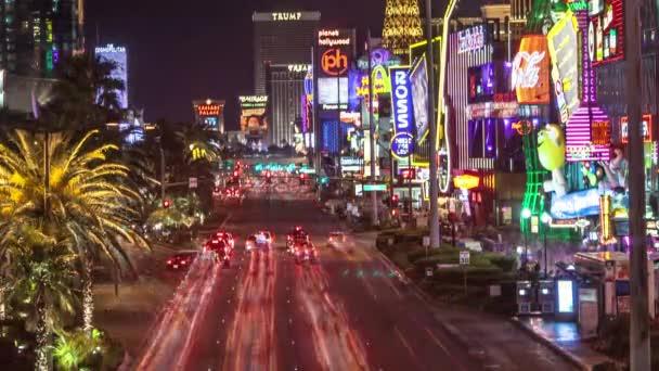 belebte Las Vegas Straße in der Nacht