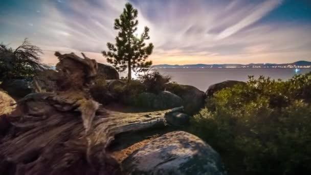 Lake Tahoe z písku Harbor
