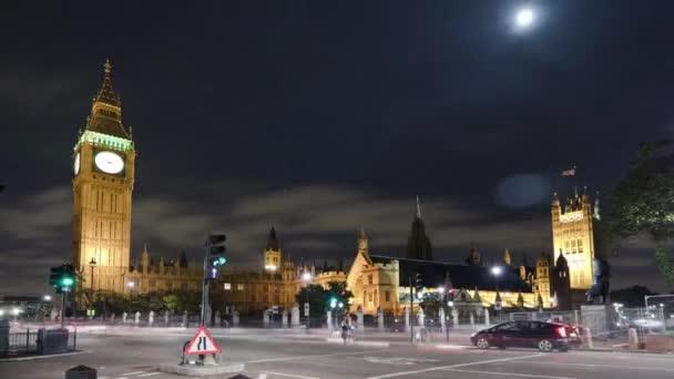 Dopravní zácpa v Big Ben a Westminsteru