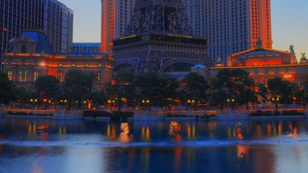 Piscina enorme fontana dellhotel Bellagio