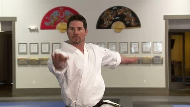 teljesítő Tae Kwon Do martial arts oktató