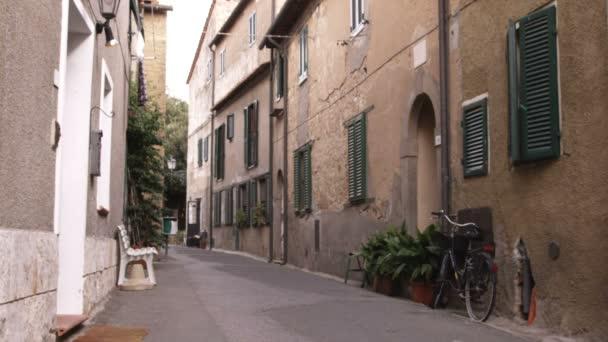 a toszkán falu Olaszországban utca